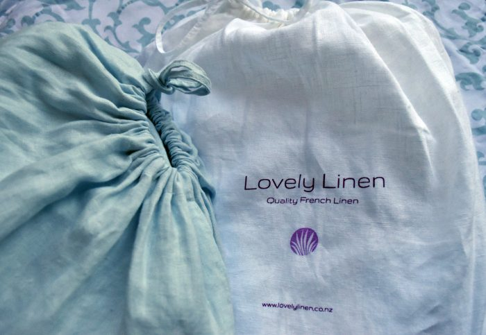 Linen Bags with Logo